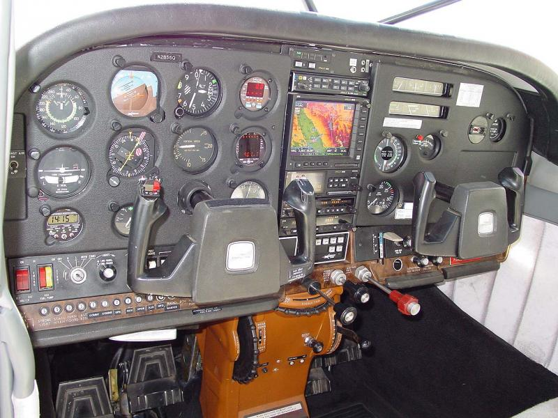 1975 Cessna TU206F Stationair $145,500 Panel