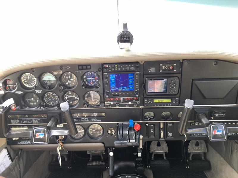 1979 Piper Cherokee Six Panel