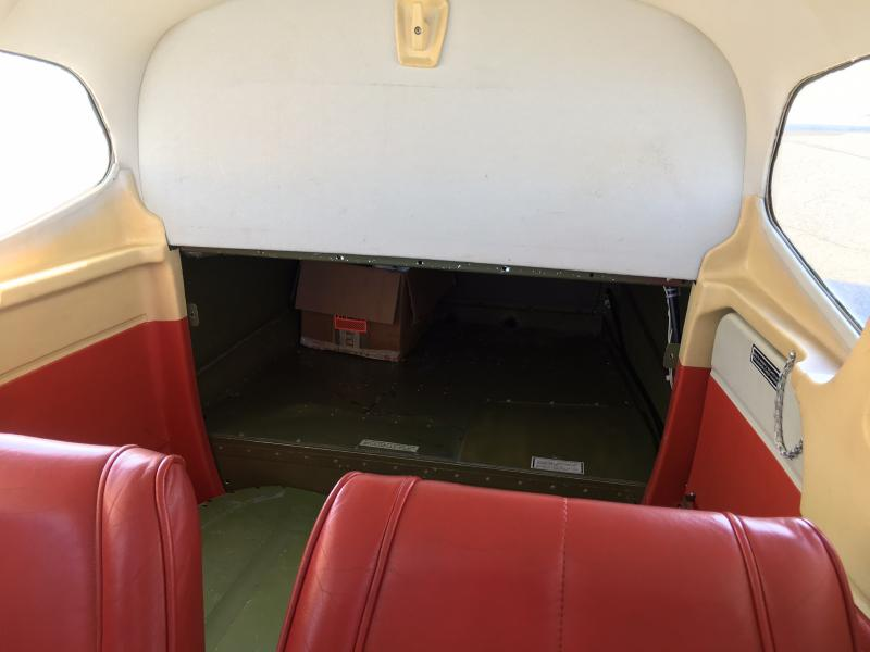 1978 Cessna A185F Skywagon Interior