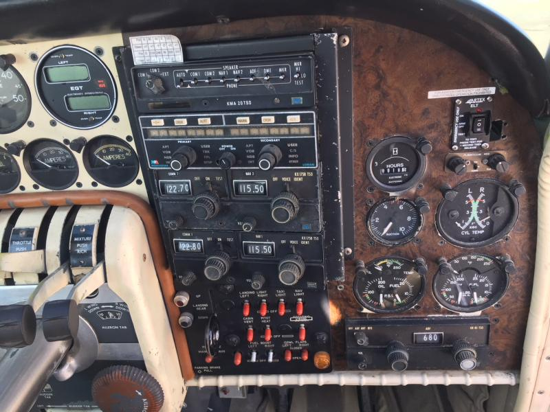 1958 Beechcraft 95 Travelair Panel