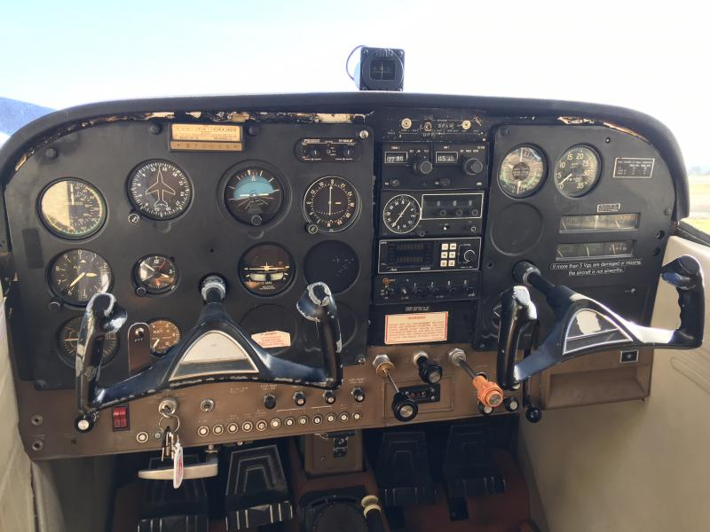 1971 Cessna 185E Skywagon Panel