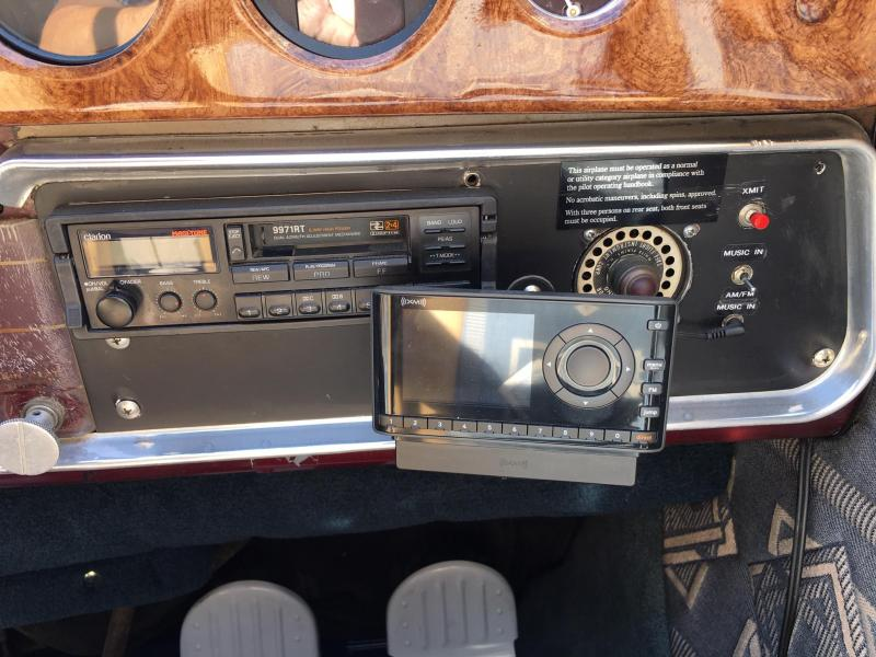 1953 Cessna 195B Businessliner with 275 HP Jacobs radial
